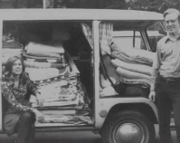 Bryce Hamilton and his wife with their  Volkswagon Camper loaded with antique quilts  1975  Courtesy of Bryce Hamilton