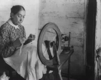 Woman spinning wool c. 1906 Library of Congress Prints & Photographs Division Washington , D.C. Item number LC - USZ62 - 20071 www.loc.gov/pictures