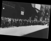 Depression era food line Between 1930 and 1940 Library of Congress Prints & Photographs Division  Farm Security Administration Office of War Information Washington, D.C. Item number LC-USE6-D-009364 www.loc.gov/pictures